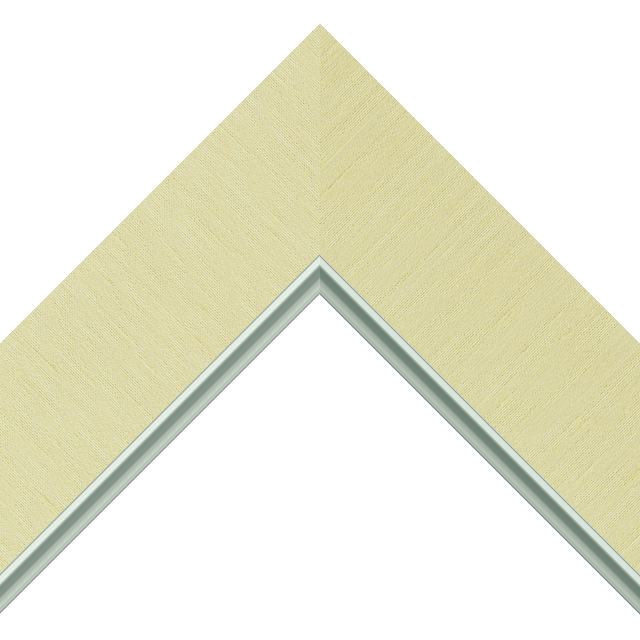 2-1/2″ Pineapple Silk Flat<br />with Silver Lip Liner Picture Frame Moulding